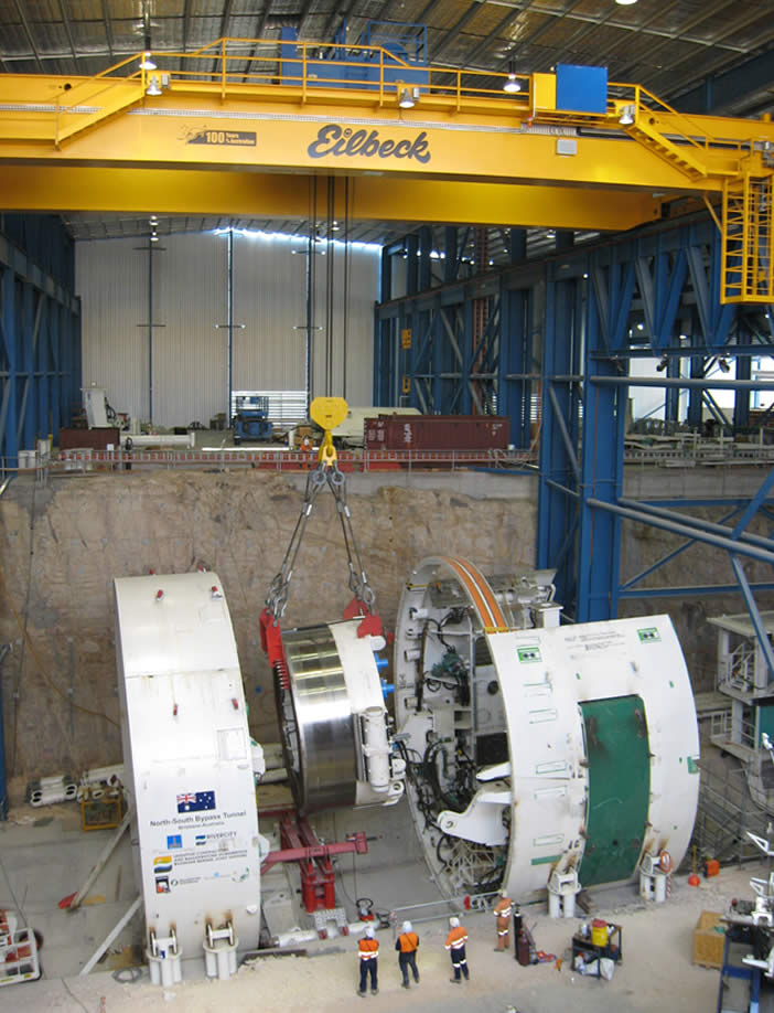 Overhead Cranes Queensland : Manufacturers of overhead travelling cranes and explosion